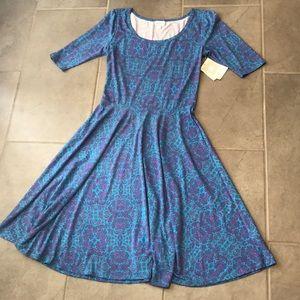 NEW Lularoe Nicole dress size M